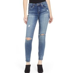 Blanknyc 26 the bond distressed skinny jeans 0770